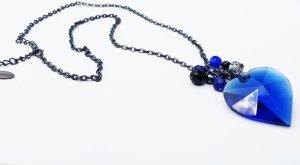 Street One Halskette mit blauen Herz-Anhänger und mit Perlen bestückt