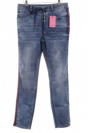 Street One Stretch Jeans kornblumenblau Street-Fashion-Look