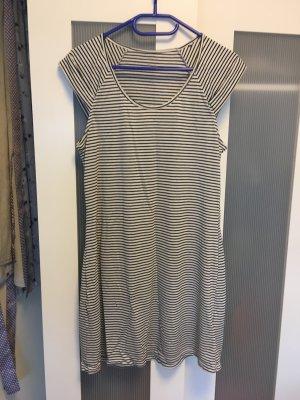 Streifenshirt/-kleidchen