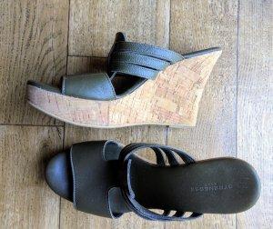 Strenesse Khaki farben Leder Keil Sandaletten