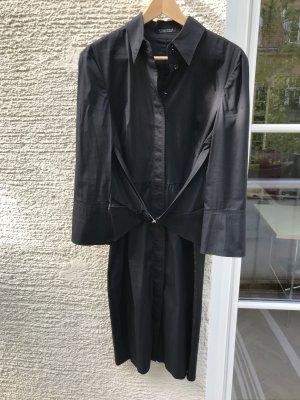 Strenesse, lässige Businessmode, Kleid aus leichtem, elastischem Stoff mit Taillen-Betonung
