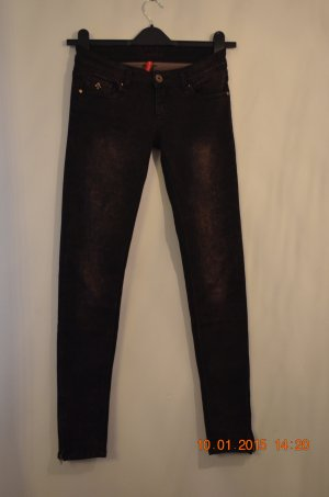 Stretch-Jeans aus Paris