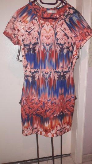 Stretch-Kleid Batikmuster von Zara