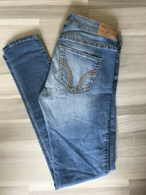 Stretch Low-Rise Super Skinny Jeans- Hollister