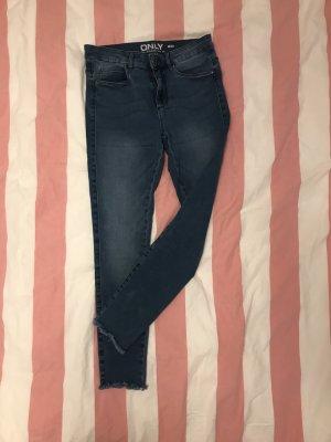 Stretchige Jeans mit Boot Cut