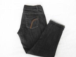 Stretchige Jeans mit kleinem Umschlag