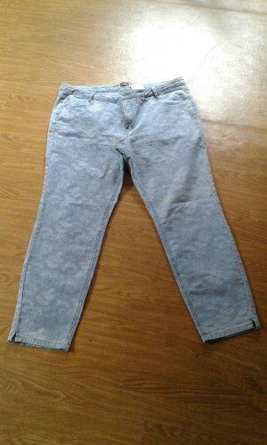 Stretchjeans gr. 48 kaum getragen