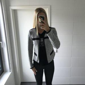 Strick-Blazer schwarz-weiß mit Reißverschluss