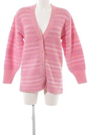Cárdigan de punto rosa-rosa claro estampado a rayas look casual