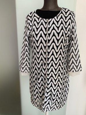 Ana Alcazar Frock Coat white-black