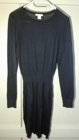 Strick-Kleid mit Taillen-Bund