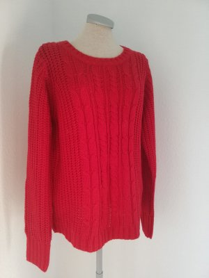 Cable Sweater red