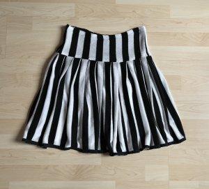 0039 Italy Pleated Skirt black-white