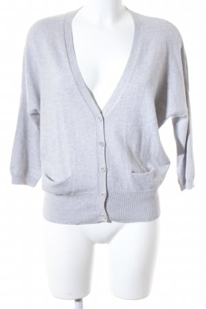 Ensemble en tricot gris clair style d'affaires