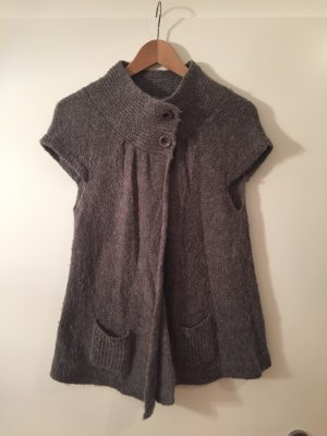 Strickcardigan in grau