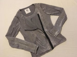 "Strickjacke im ""Biker-Look"""