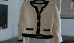 Strickjacke im Chanel-Look