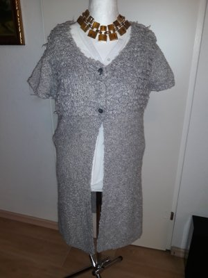 Strickjacke im Used Look