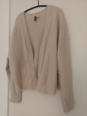 Strickjacke in Fell-Optik