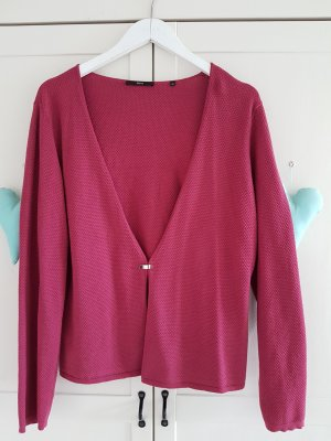 Strickjacke in himbeerrot
