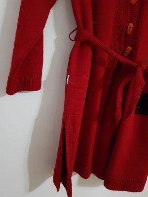 Strickjacke in Rot