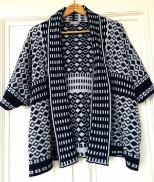 Strickjacke Kimono Graphic Muster Cardigan Boho Trend Norweger