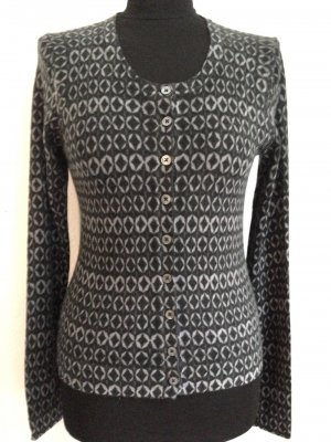 Strickjacke mit graphischem Muster, Gr. S, Wolle mit hohem Kaschmir Anteil