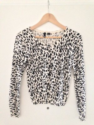 Strickjacke mit Leoprint