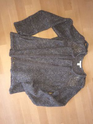 Strickjacke mit Uniformdetails