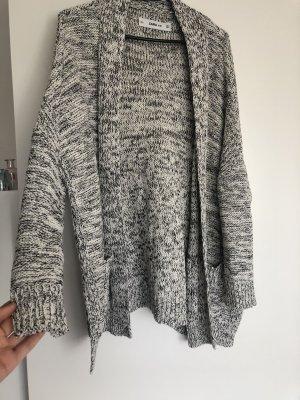 Zara Rebeca blanco-gris antracita
