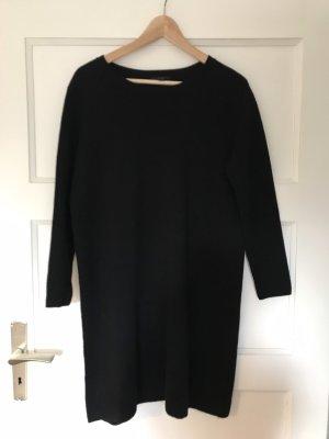 COS Robe pull noir