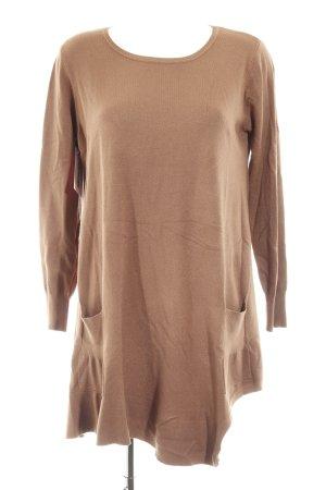 Vestido tejido marrón look casual