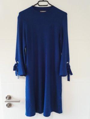 Strickkleid / Feinstrickkleid / Kleid / kobaltblau / Größe M-L
