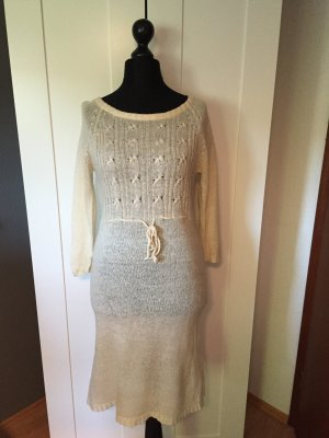 Strickkleid in Creme