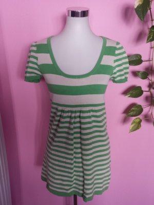 Strickkleid in weiß/grün (K1)