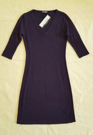 Vestido de lana violeta oscuro tejido mezclado