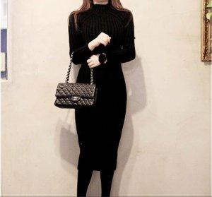 Abito di maglia nero