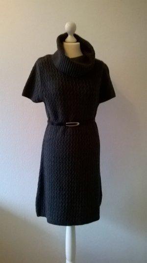 Strickkleid / Shirtkleid mit kurzen Ärmeln in Grau