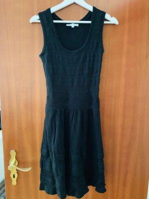 Sandro Gebreide jurk zwart