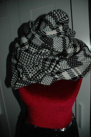 Reserved Gebreide sjaal wit-zwart