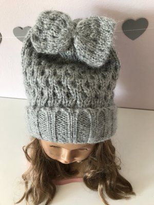 Pieces Knitted Hat grey