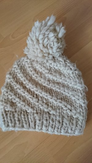 s.Oliver Knitted Hat natural white