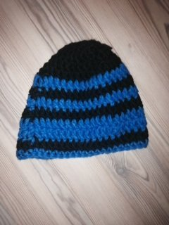 Knitted Hat black-blue wool