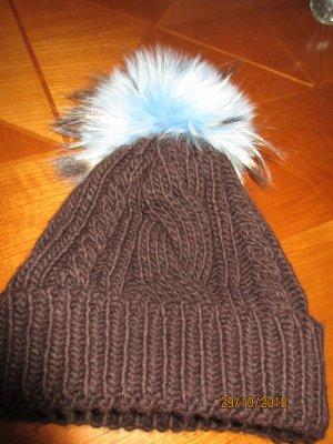 Sombrero de punto marrón-azul celeste