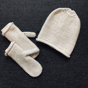 Strickmütze / Mütze und Strickhandschuhe / Handschuhe / Fäustlinge, beige mit Glitzer, H&M