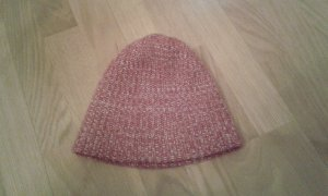 Chapeau en tricot rouge-blanc