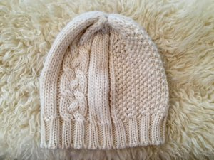 H&M Knitted Hat oatmeal-natural white wool