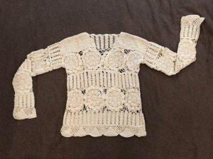 Top en maille crochet blanc cassé-crème