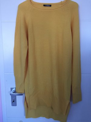 Fine Knitted Cardigan yellow
