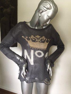 Strickpullover grau mit Aufdruck Gr. S Kontatto